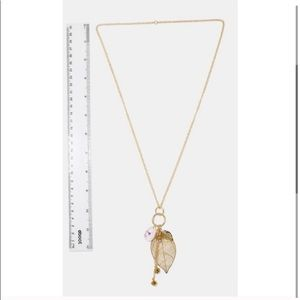 Jewelry - Gold Leaf Cluster Pendant Necklace